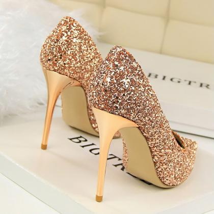 Pointed Toe Glittery Stiletto Pumps..