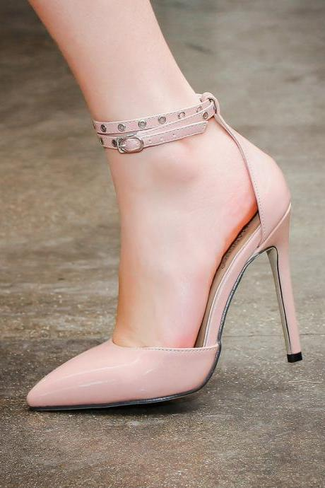 Gonice 100% high quality+Crazy price 2017 New European Women's ankle-strapy Valentine's personality vintage classic high heels shoes woman plus size T-strap platform nude pumps sexy retro wedding party casual shoes Q7-3