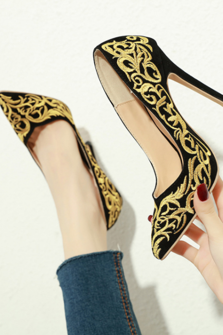 New Arrival Embroider High Heels Shoes Women Elegance Pumps