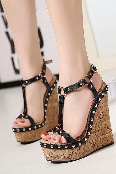 High quality 2016 new arrival women love summer cheap T-strapy Vintage wedges peep toe platform studded punk sandals for woman fish mouth wedding high-heed nude retro pumps Valentine's party evening sandalias zapatos de mujer A60-1